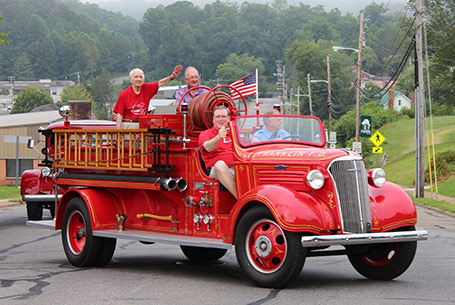 fire truck parade franklin nc